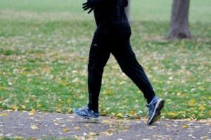 冬女性ランナー2