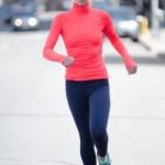 女性ランナー必見!冬のジョギングを快適にするオススメ服装は?