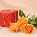 女性上司や同僚に贈る送別会プレゼント!本当に喜ばれるものは?